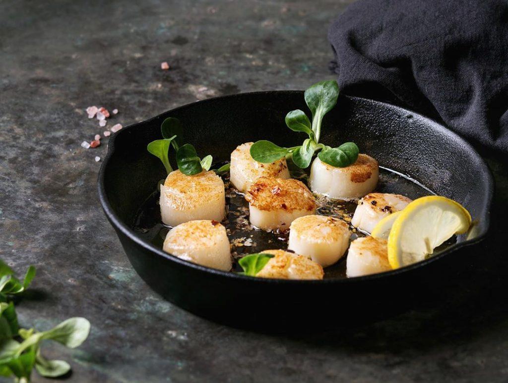 Морские гребешки в соусе бальзамик